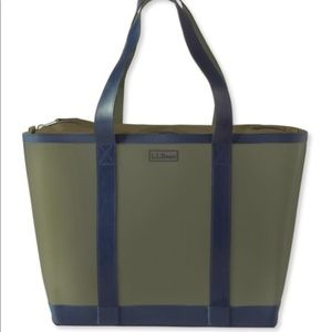 L.L.Bean Wellie Tote olive green and navy Bag